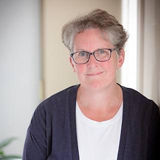 Jennifer Debues